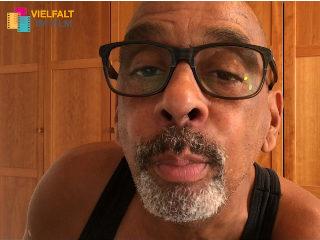 Pierre Sanoussi-Bliss, Schauspieler, Regisseur und Drehbuchautor